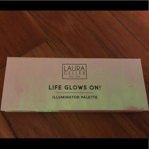 Laura Geller Life Glows On Illuminator Trio